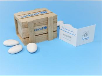 Scatolina porta confetti in legno con bigliettino